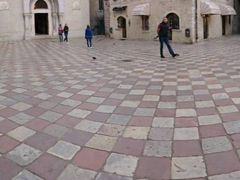 Checkerboard stonework at Saint Lucas Square
