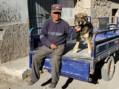 A man with his dog; Cabanaconde