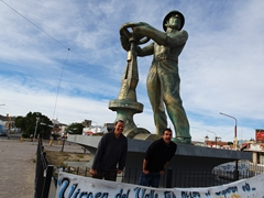 Monument to Petroleum works; Caleta Olivia