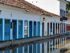 At high tide, the streets of Paraty become flooded