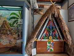 Traditional hut; Museo departamental Alexandre-Franconie
