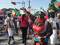 Mash dancers put on a show despite the sun and heat in Georgetown