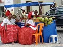 "Ladies wearing the ""Baiana de Acarajé"" traditional dress in Salvador"