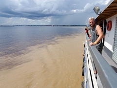 "Robby at the ""meeting of waters"" - the confluence between the dark Rio Negro and the pale Amazon River (Solimões River)"