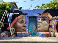 Amazing street art on Calle de la Sierpe
