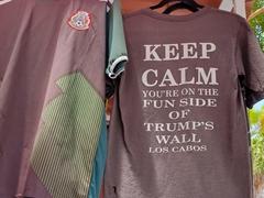 Souvenir t-shirt humor
