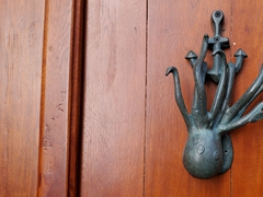Octopus door knocker