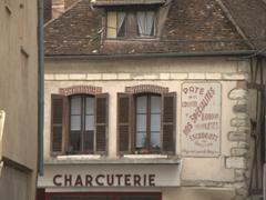 Delicatessen in Joigny