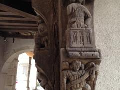Carved figurines; Noyers-sur-Serein