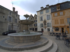 A fountain in Auxerre