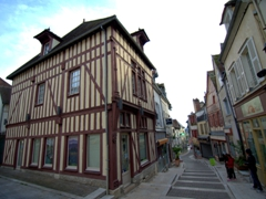 Pedestrian area of Joigny