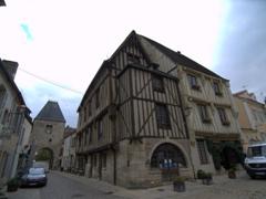 Central square; Noyers-sur-Serein