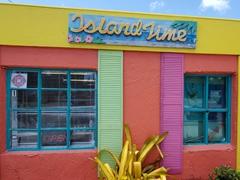 Colorful souvenir shack; Matlacha