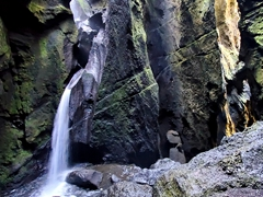 At the end of Stakkholtsgjá canyon, we discovered a hidden waterfall