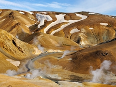 The rhyolite mountains of Kerlingarfjöll are a hiker's paradise