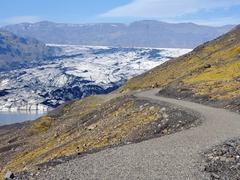 Path leading to Sólheimajökull Glacier