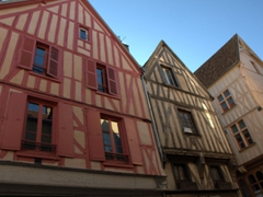 Charming houses in Auxerre