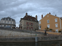 Cruising into Clamecy