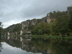 The Saussois rocks at Merry-sur-Yonne offer rock climbing