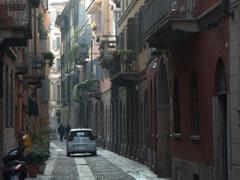 Walking through the Brera District of Milan