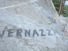Follow the clearly marked signs leading to Vernazza