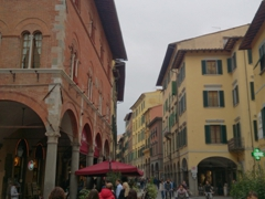 The street in front of the train station will bring you to Via del Corso, a pedestrian street offering lots of window shopping opportunities; Pisa