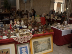 Flea market near the Arno River