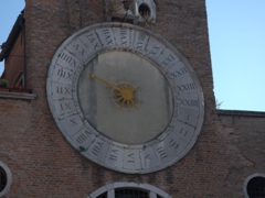 15th century clock of San Giacomo di Rialto (famous for its inaccuracy!)