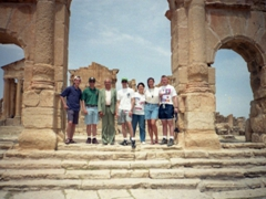 Slightly blurry group photo at Sbeitla, home to the Roman ruins of Sufetula (and the best kept Forum temples in the entire country)