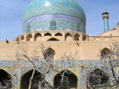 The distinct feature of Persian domes is their colorful tiled exteriors. Domes such as this (from the Imam Mosque) once dominated the Isfahan skyline, glittering like turquoise gems that could be seen by silk road travelers from miles away