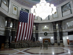 Soldiers taking a unit photo; Al Faw Palace rotunda