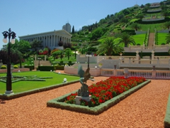 The Baha'I Gardens are a built upon 19 perfectly manicured terraces, and visitors can enter this beautiful complex (free) daily