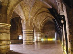 The Hall of Columns is the most impressive hall within the Knight's Halls of Akko, and it evidently served as the dining room for the order of the Hospitallers