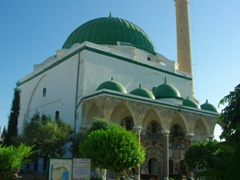 A 10 NIS entry fee is payable to view the Al-Jazzar Mosque; Old Akko