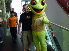 Robby snags a hug from a red eyed tree frog; Dubai Mall