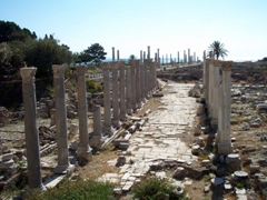 Al Mina excavations leading all the way to the sea, Tyre