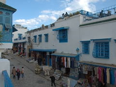 Souvenir stores compete fiercely for business in Sidi Bou Said