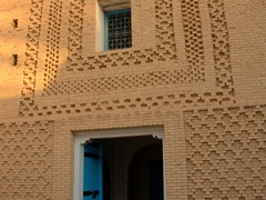 This style of brickwork is only found in two places in Tunisia: Tozeur and nearby Nefta