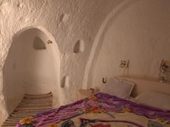Interior view of a plain troglodyte room