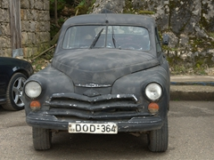 An old decrepit car (still running of course!)