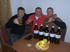 Aleko, Khvicha and Robby well on their way to drinking a whopping 14.5 liters of beer